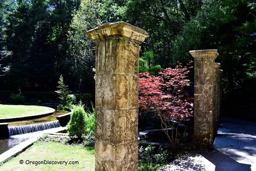 Belknap Hot Springs Lodge Gardens Cascades Oregon