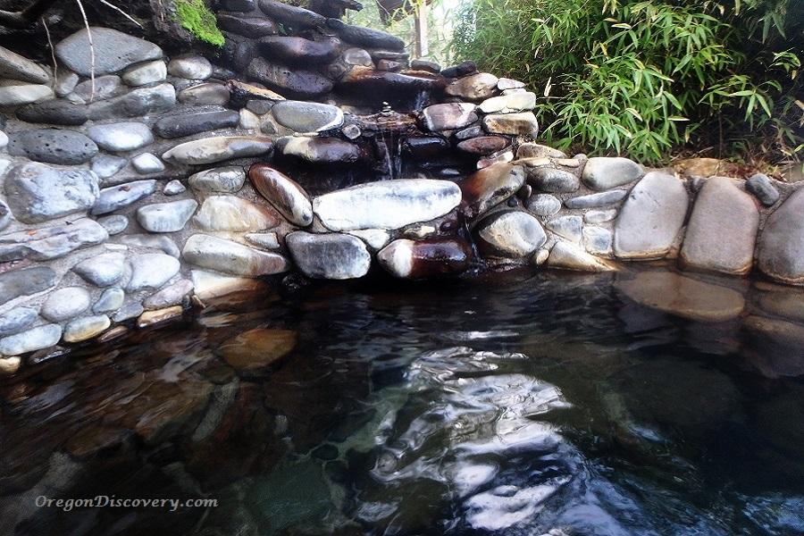 Breitenbush Hot Springs - Meadow Hot Pool