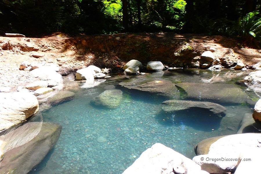 Wall Creek Warm Springs | Meditation Pool - Cascades - Oregon Discovery