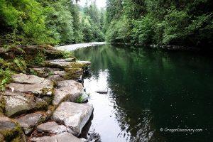 Molalla River Day Use Site - Swimming