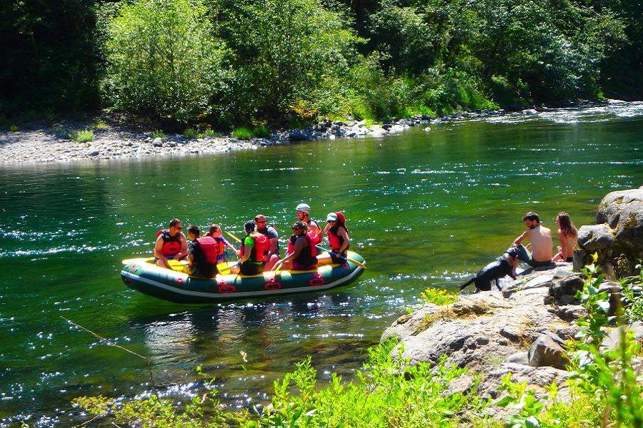 Big eddy day use area clackamas river oregon discovery for Clackamas river fishing