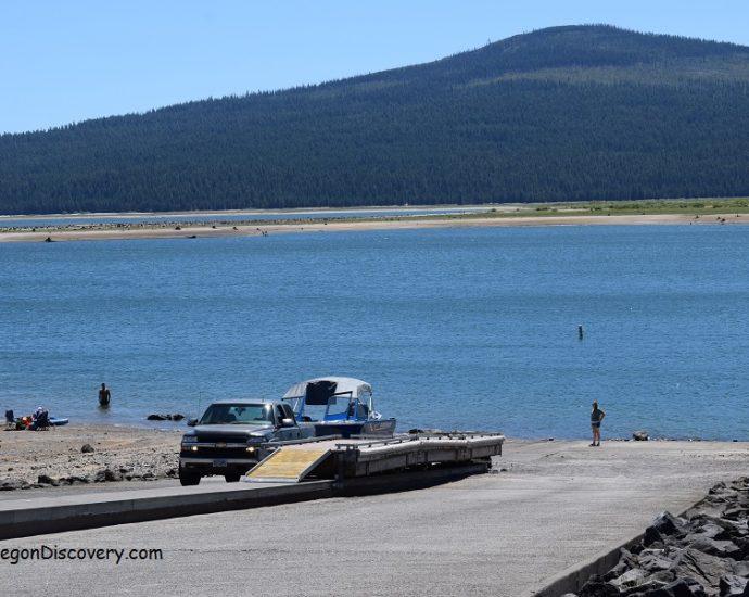 Wickiup Reservoir Bend