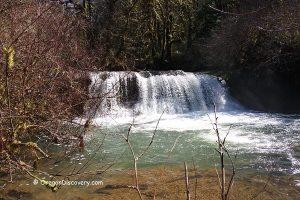 Lower McDowell Falls - Sweet Home