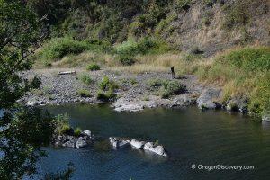 South Umpqua River Rockhounding