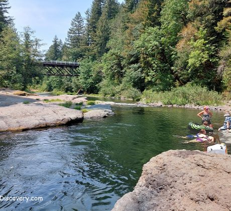 Cascadia State Park - Swimming