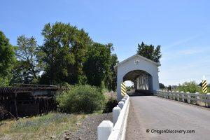 Gilkey Covered Bridge - Thomas Creek